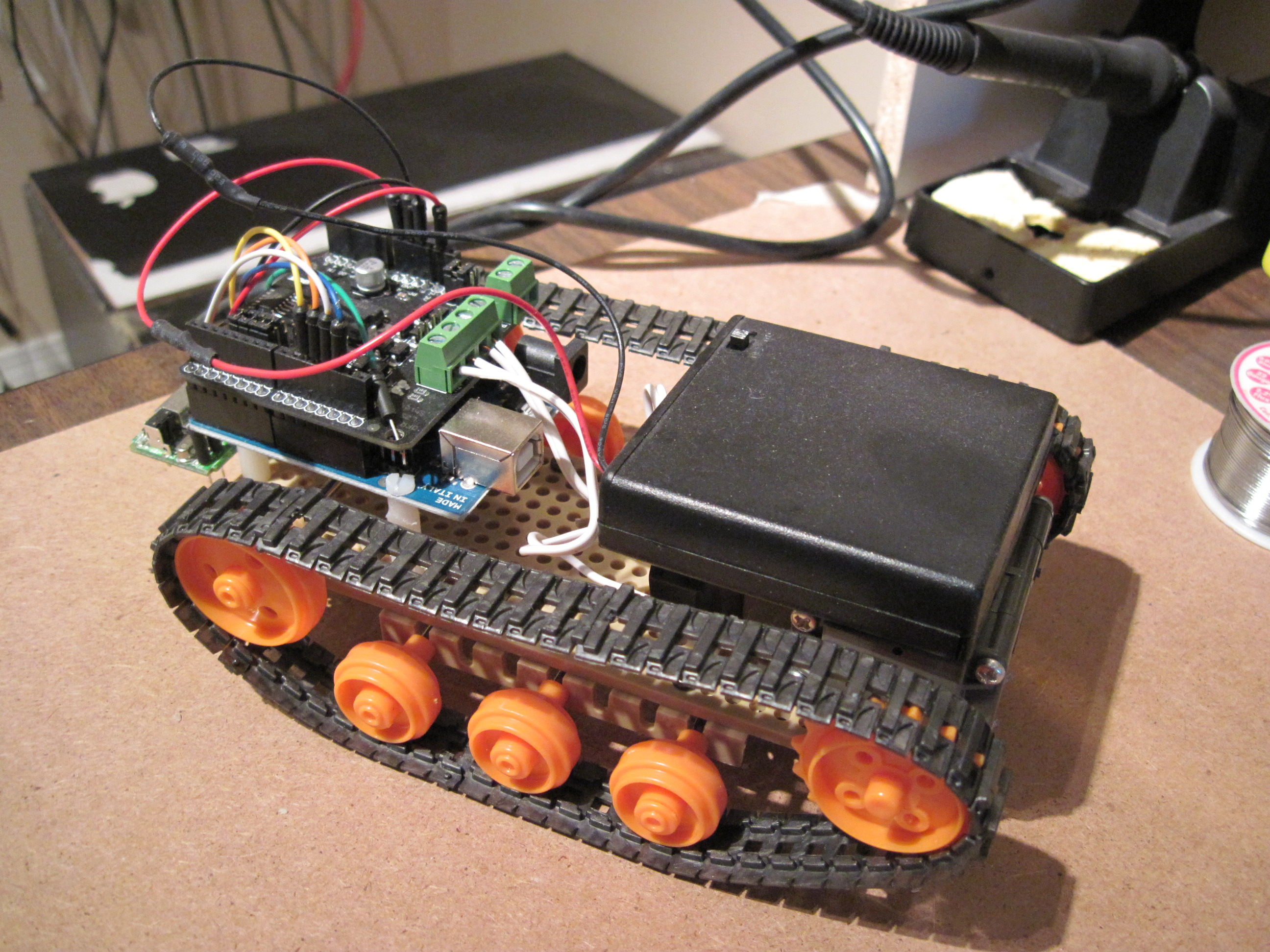 A Simple Remote Controlled Arduino Tank Paul Bleisch